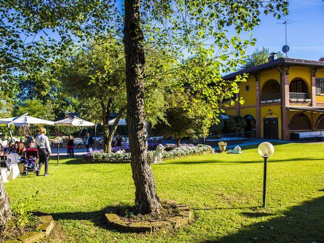 Il matrimonio di Gianluca e Daniela a Cogliate, Monza e Brianza 69