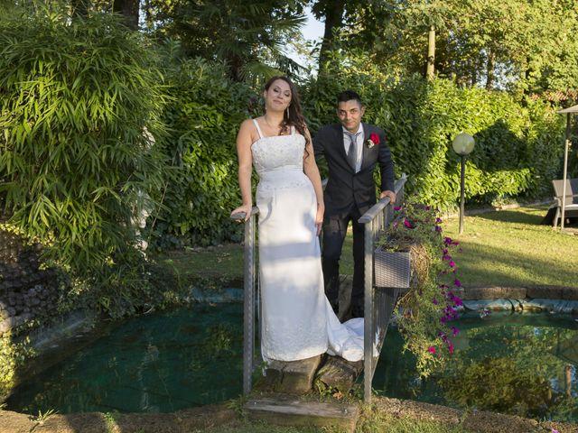 Il matrimonio di Gianluca e Daniela a Cogliate, Monza e Brianza 79
