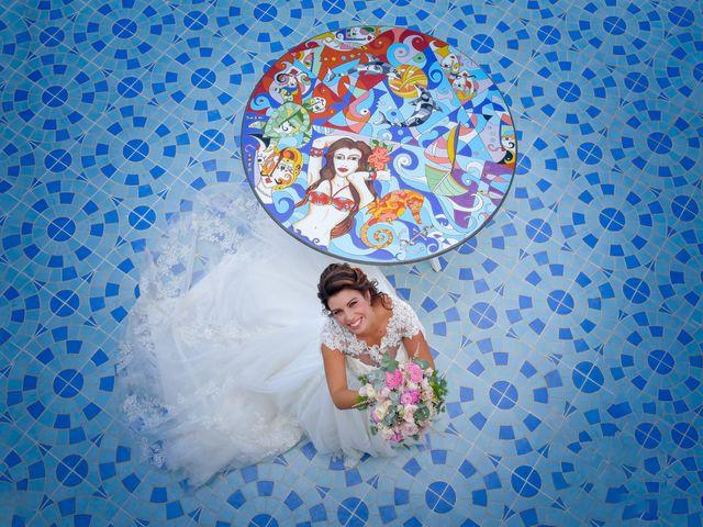 Il matrimonio di Ester e Leandro a Vietri sul Mare, Salerno 17
