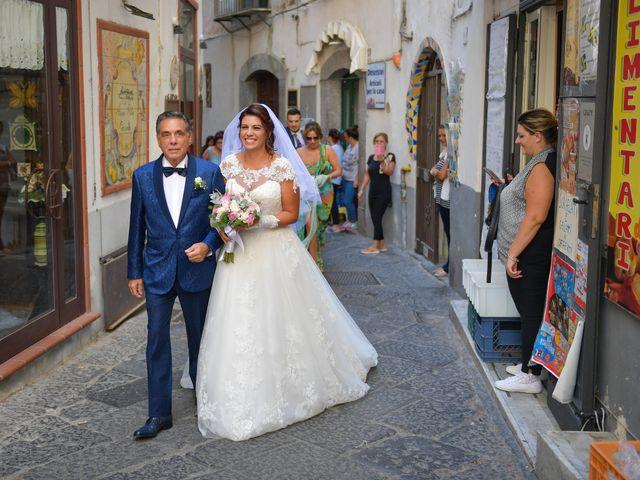 Il matrimonio di Ester e Leandro a Vietri sul Mare, Salerno 19