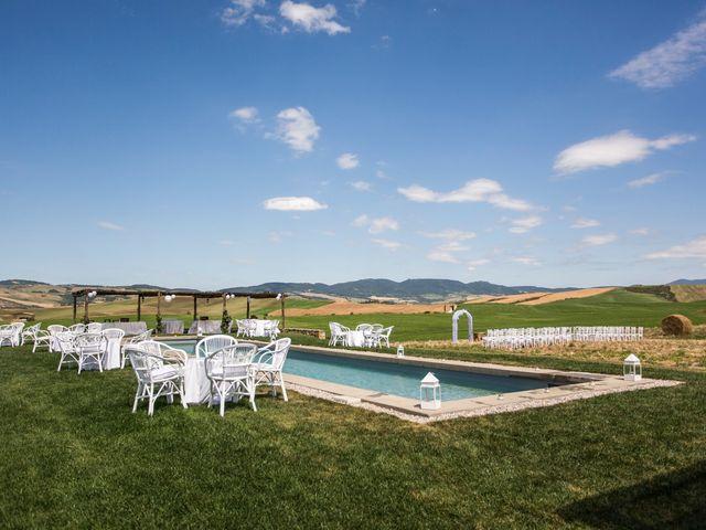 Il matrimonio di Ivan e Jasmin a Castiglione d'Orcia, Siena 26