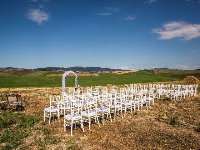 Il matrimonio di Ivan e Jasmin a Castiglione d'Orcia, Siena 45