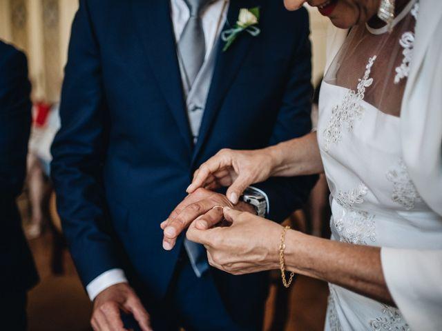 Il matrimonio di Roberto e Maura a Golasecca, Varese 18