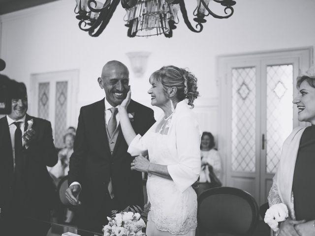 Il matrimonio di Roberto e Maura a Golasecca, Varese 19