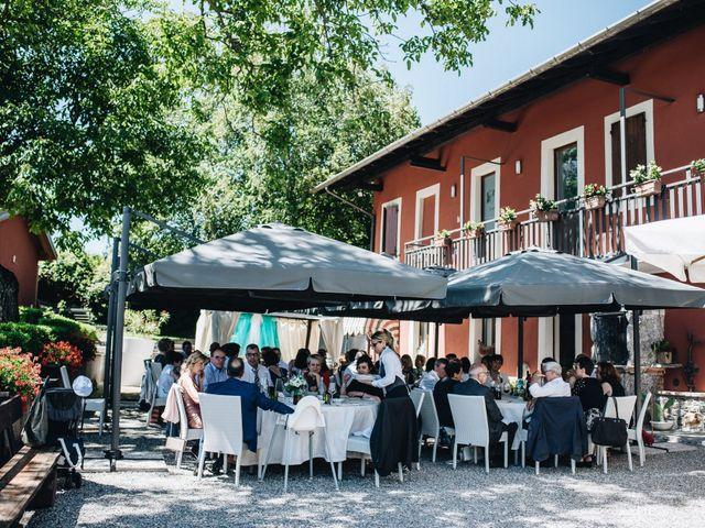 Il matrimonio di Roberto e Maura a Golasecca, Varese 38