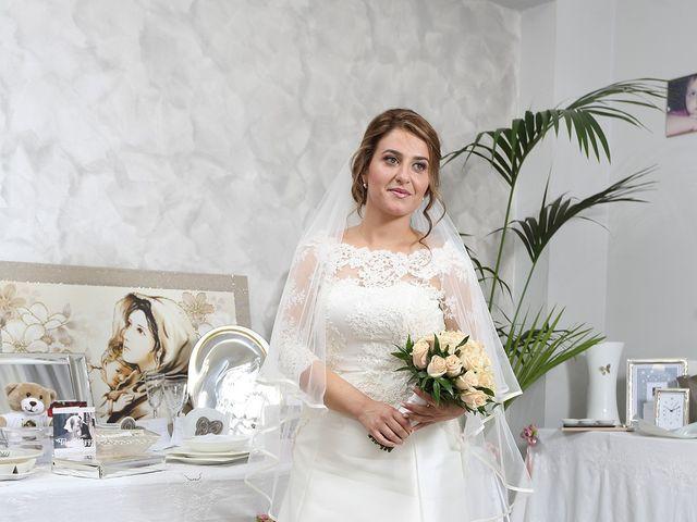 Il matrimonio di Edward e Valentina a Patti, Messina 15