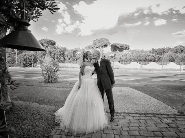 Il matrimonio di Serena e Luigi a Massa, Massa Carrara 9