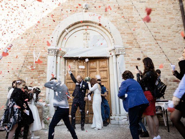 Il matrimonio di Bruno e Sophia a Montelupone, Macerata 27