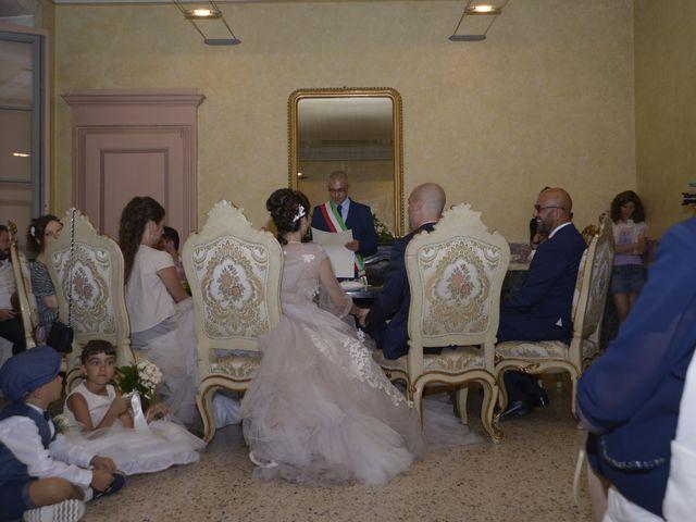 Il matrimonio di Valeriano e Antonella a Solaro, Milano 18