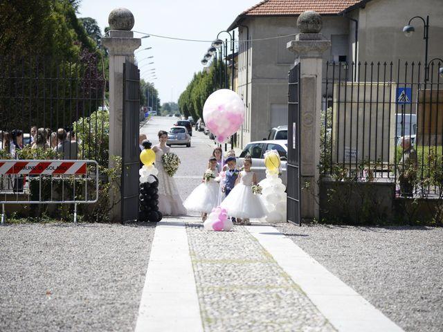 Il matrimonio di Valeriano e Antonella a Solaro, Milano 9