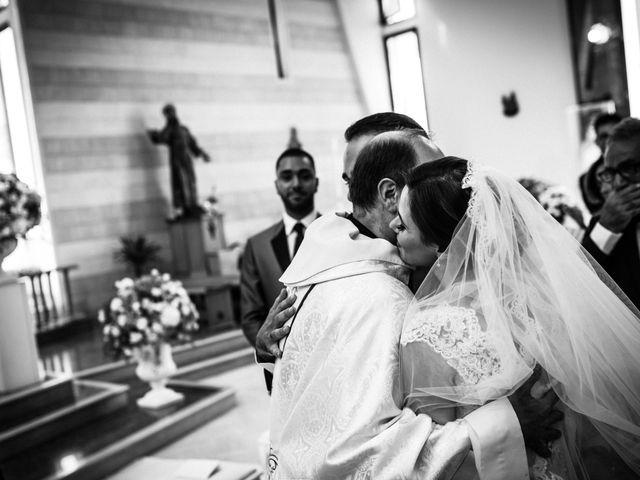 Il matrimonio di Veronica e Carmine a Napoli, Napoli 25