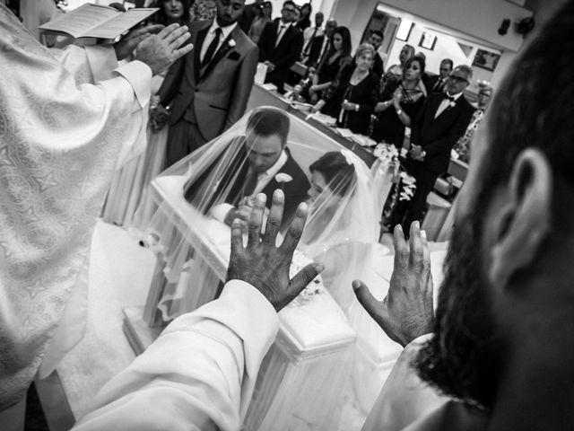 Il matrimonio di Veronica e Carmine a Napoli, Napoli 34