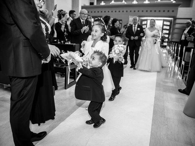 Il matrimonio di Vincenzo e Chiara a Ostuni, Brindisi 19