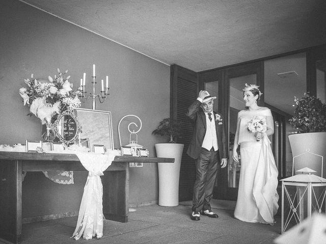 Il matrimonio di Ahres e Marica a Tradate, Varese 38