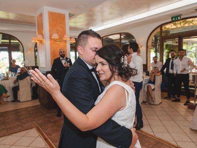 Il matrimonio di Marco e Valentina a Acquaviva Picena, Ascoli Piceno 119