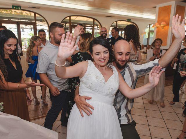 Il matrimonio di Marco e Valentina a Acquaviva Picena, Ascoli Piceno 120