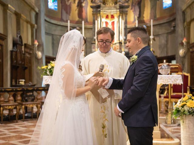 Il matrimonio di Andrea e Miriam a Lazzate, Monza e Brianza 33