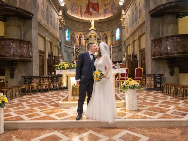 Il matrimonio di Andrea e Miriam a Lazzate, Monza e Brianza 36