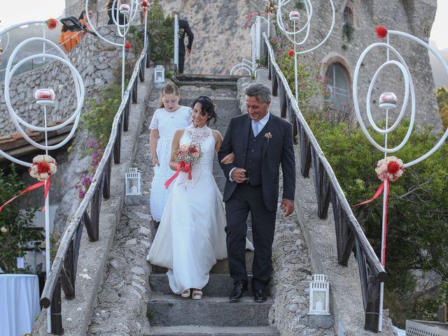 Il matrimonio di Pau e Giovanna a Maiori, Salerno 23