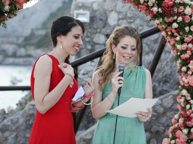 Il matrimonio di Pau e Giovanna a Maiori, Salerno 32