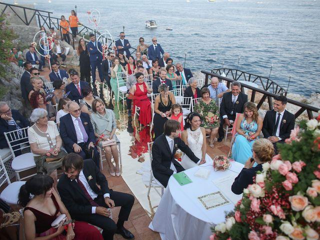 Il matrimonio di Pau e Giovanna a Maiori, Salerno 35