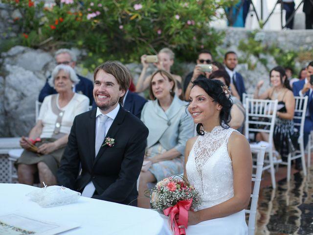 Il matrimonio di Pau e Giovanna a Maiori, Salerno 36
