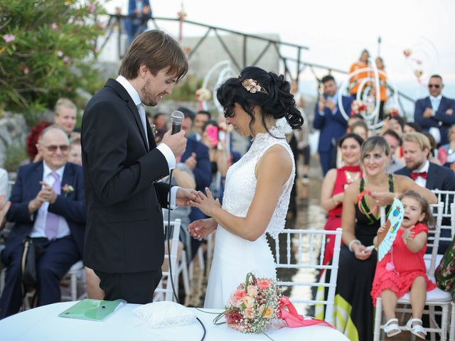 Il matrimonio di Pau e Giovanna a Maiori, Salerno 37