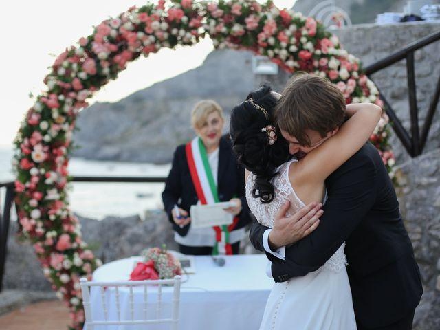 Il matrimonio di Pau e Giovanna a Maiori, Salerno 39