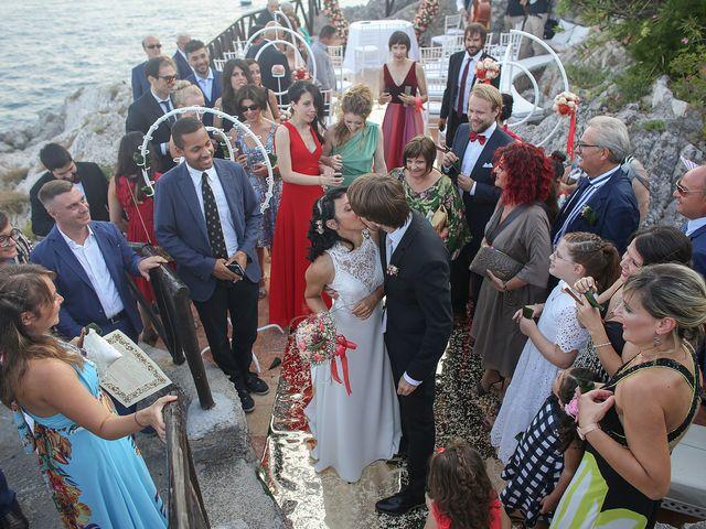Il matrimonio di Pau e Giovanna a Maiori, Salerno 42