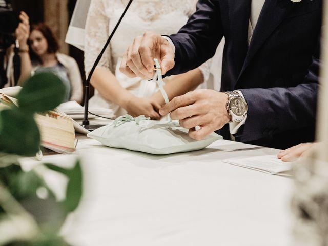 Il matrimonio di Marco e Roberta a Arcore, Monza e Brianza 31