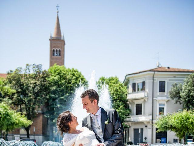 Il matrimonio di Alessandro e Laura a Cattolica, Rimini 28