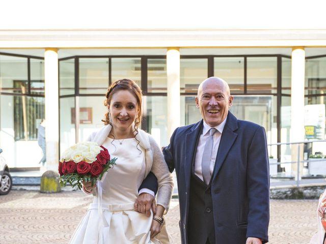 Il matrimonio di Andrea e Tiziana a Cermenate, Como 27