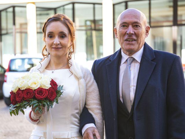Il matrimonio di Andrea e Tiziana a Cermenate, Como 28
