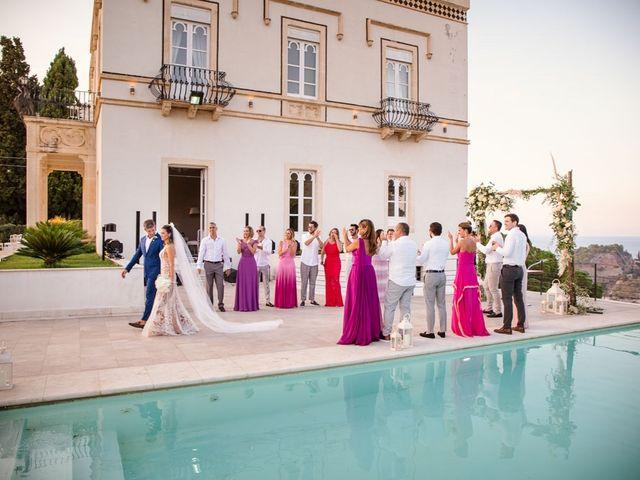 Il matrimonio di Fernando e Juliana a Taormina, Messina 26