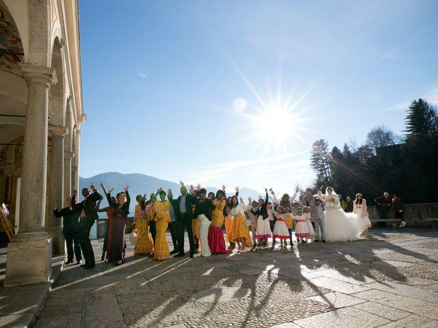 Il matrimonio di Alex e Teresa a Brissago-Valtravaglia, Varese 23
