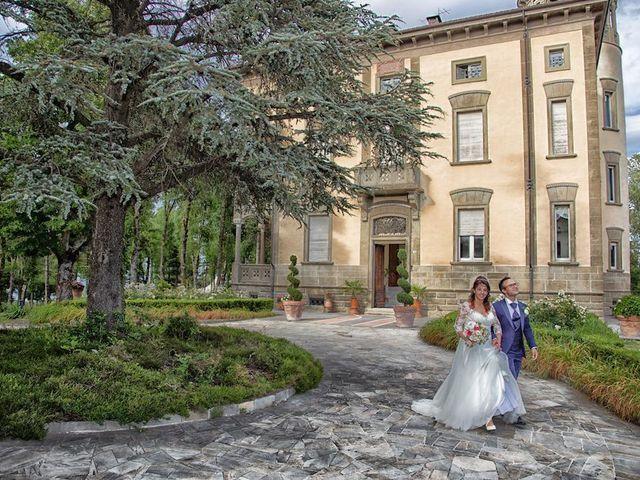 Il matrimonio di Alberto e Giulia a Maiolo, Pesaro - Urbino 16