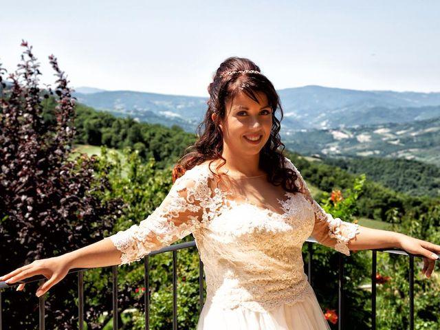 Il matrimonio di Alberto e Giulia a Maiolo, Pesaro - Urbino 34