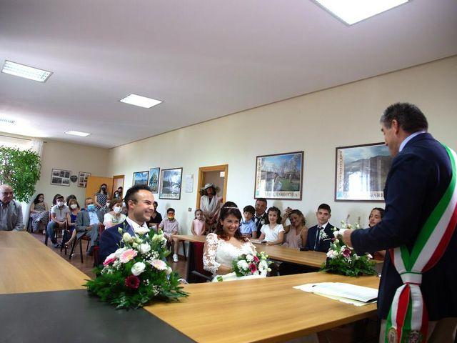 Il matrimonio di Alberto e Giulia a Maiolo, Pesaro - Urbino 36