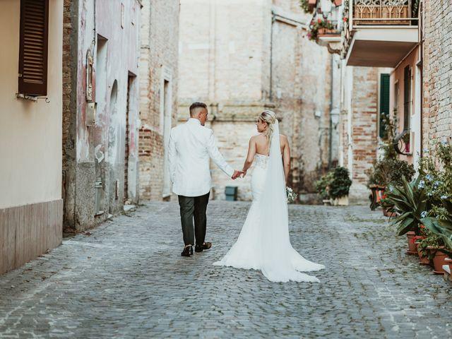 Il matrimonio di Sabatino e Manuela a Roseto degli Abruzzi, Teramo 5