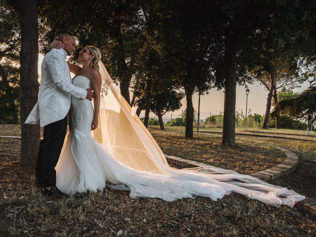 Il matrimonio di Sabatino e Manuela a Roseto degli Abruzzi, Teramo 27
