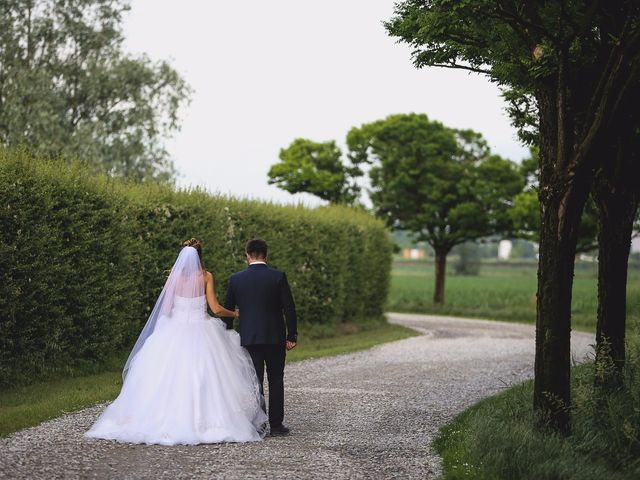 Il matrimonio di Erjon e Nadia a Salvirola, Cremona 39