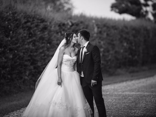Il matrimonio di Erjon e Nadia a Salvirola, Cremona 42