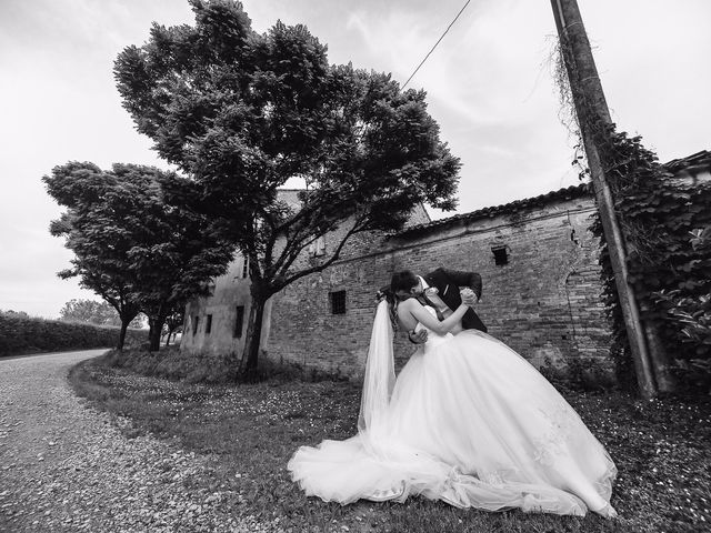 Il matrimonio di Erjon e Nadia a Salvirola, Cremona 49