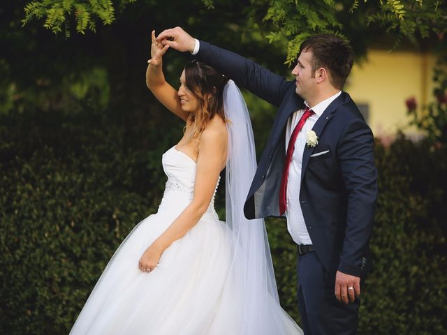 Il matrimonio di Erjon e Nadia a Salvirola, Cremona 56