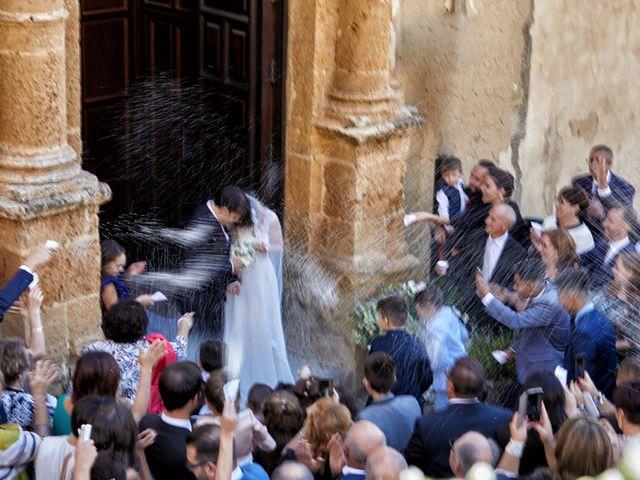 Il matrimonio di Luigi e Carla a Naro, Agrigento 28