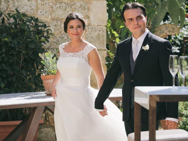Il matrimonio di Luigi e Carla a Naro, Agrigento 30