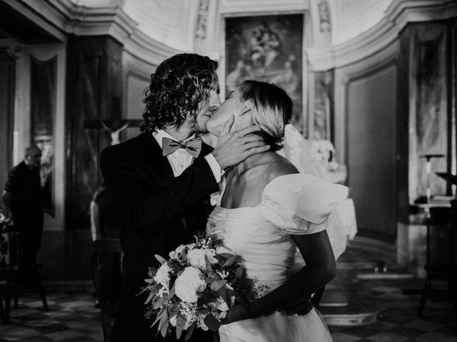 Il matrimonio di Andrea e Valerie a Alba, Cuneo 53