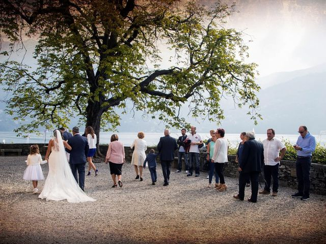 Il matrimonio di Massimo e Sara a Carate Urio, Como 9