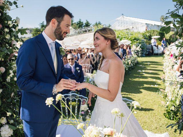 Il matrimonio di Valerio e Lucia a Celle Ligure, Savona 32
