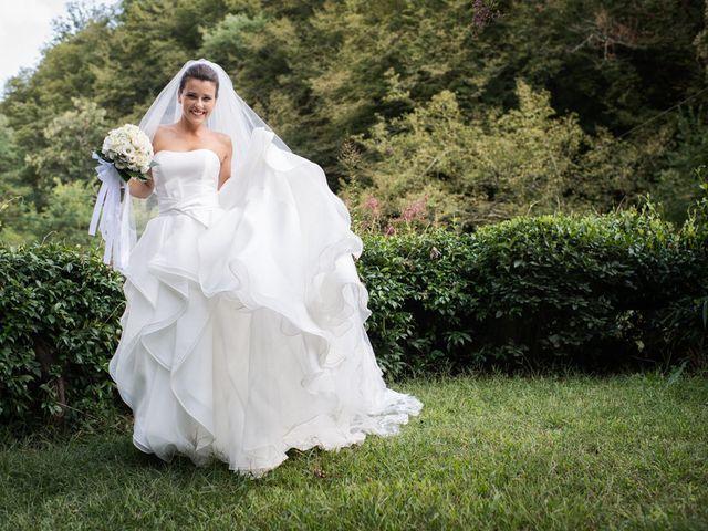 Il matrimonio di Matteo e Laura a Camaiore, Lucca 32